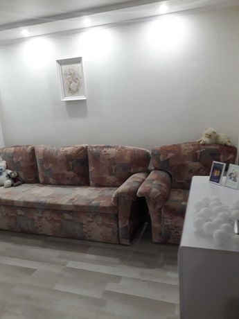 Двокімнатна квартира з ремонтом, укомплектована меблями!