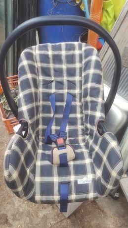 Ovo  transporte  de  bebê  ou colocar  no Automóvel