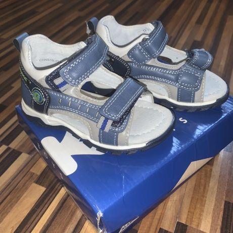 Открытые босоножки сандалии сандалики Kidix 22 р (14 см)