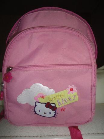 Vendo mochila Hello Kitty para infantário/pré-escola