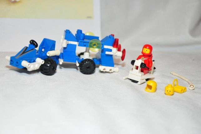 LEGO SYSTEM Classic Space 6874 Transporter With Scout