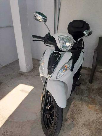 Scooter 125cc nova
