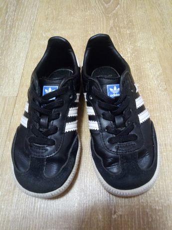 Кроссовки Adidas ortholite кожаные детские оригинальные.