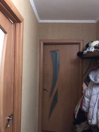 Продам 2 х ком .квартиру на Крошне