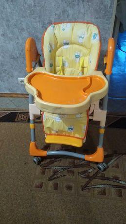 Складной стульчик для кормления