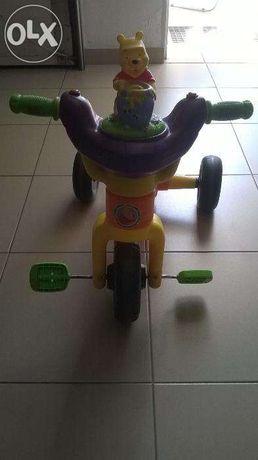 Triciclo para crianças