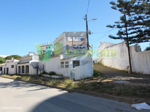 Oportunidade de Negócio Prédio em Portimão, Com 1 loja, 1...