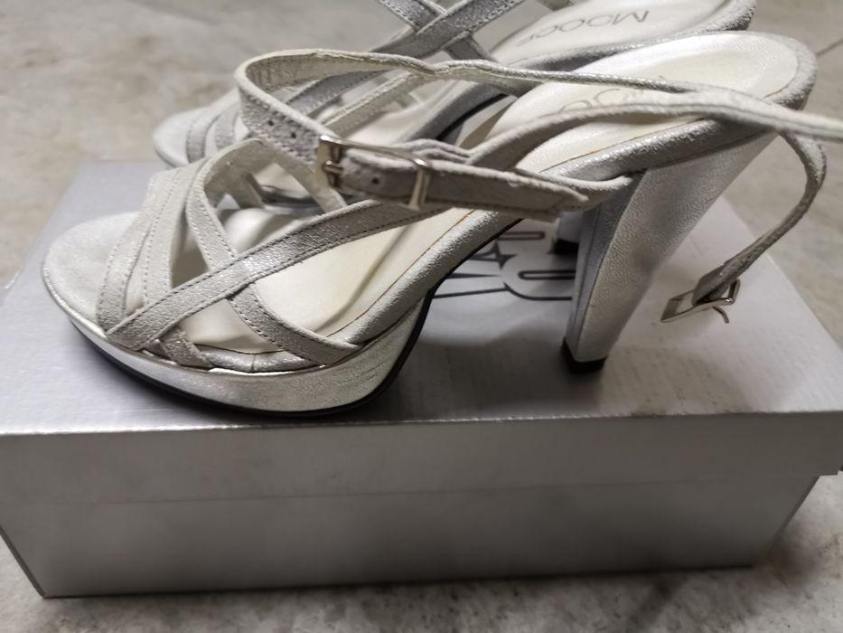 Sandálias cinza prata Valongo - imagem 1