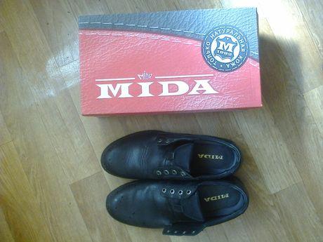 Демисезонные туфли MIDA