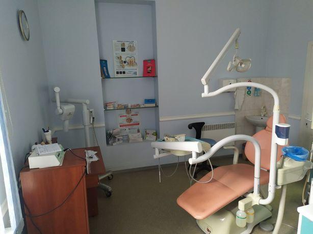 Действующую стоматологию