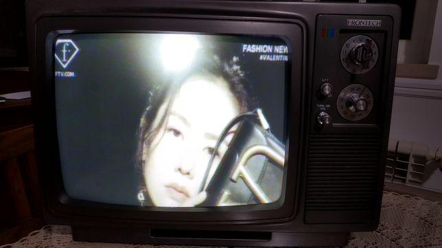 TV vintage de 33cm de ecrã