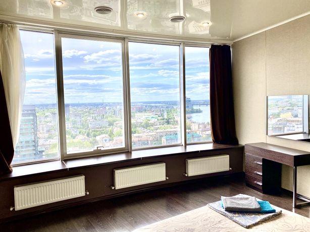 LUX апартаменты в Мост-Сити на 17 этаже с шикарным видом на Днепр!