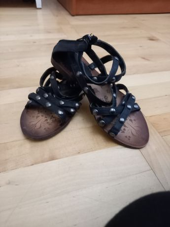 Sandałki rzymianki ćwieki r.36