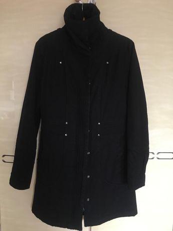 Пальто жіноче чорне 38 розмір