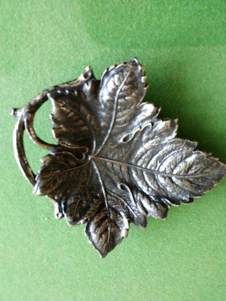 Unikatowa mosiężna patera tacka liść winogrona 21x19