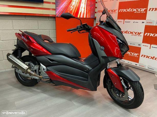 Yamaha X-Max  ABS TCS Akrapovic