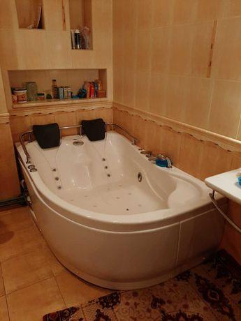 Продам ванную Appollo с джакузи, угловая, гидромассажная
