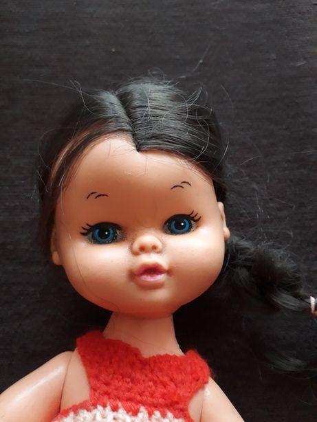 Piękna sygnowana stara lala z naturalnymi włosami.