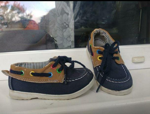 Топсайдеры,кеды,туфли H&M размер 22