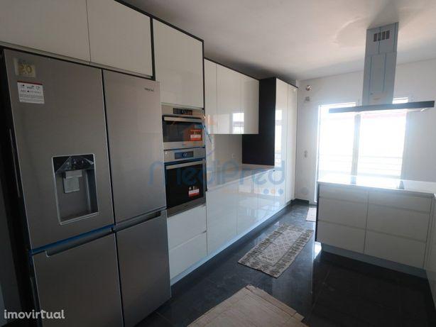 Apartamentos T3 NOVOS com VARANDAS nas Colinas do Cruzeiro.