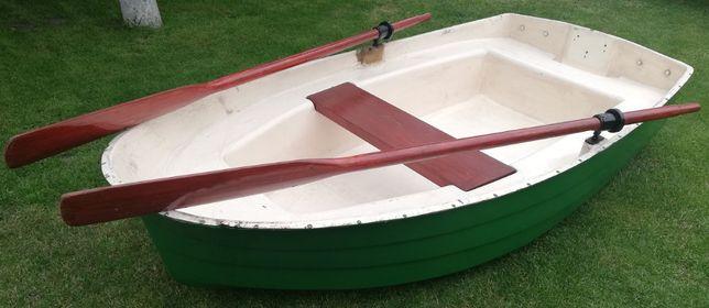 Sprzedam łódkę wiosłową