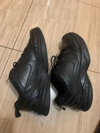 Nike air monarch 44-45