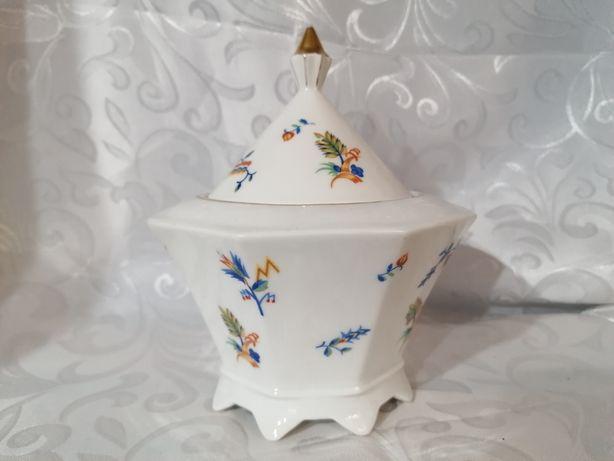 Duża piękna porcelanowa cukiernica bomboniera polecam