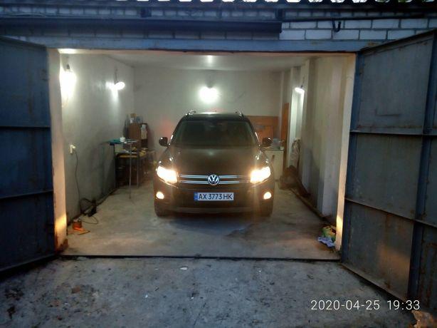 Продам 2 гаража проспект Московский