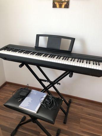 Pianino Yamaha P-35