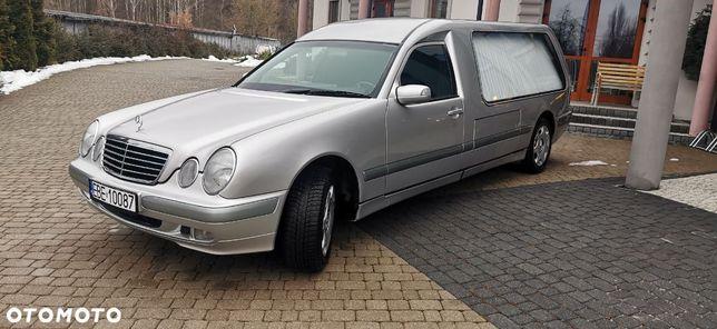 Mercedes-Benz Klasa E Karawan pogrzebowy Mercedes W210 T 280 KUHLMANN