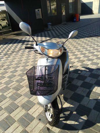Продам мопед Honda Dio AF-62