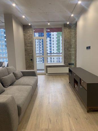 Продам 3 комнатную квартиру в Киеве, ул Каховского 60!