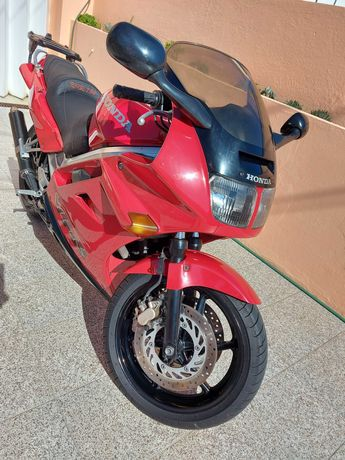 Moto HondaVFR750