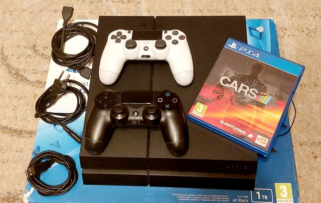 Konsola PS4 PlayStation 4 1TB CUH-1216B