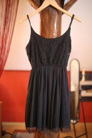 Pięć sukienek różnych firm, r. XS/S Zapraszam! :)