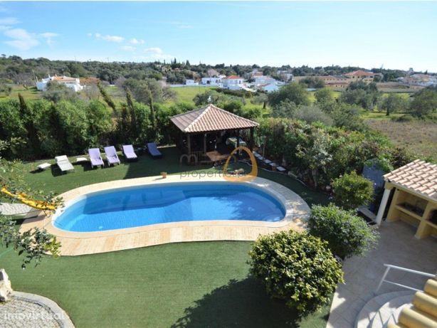 Moradia com 6 quartos e piscina privada em Vale de Éguas,...