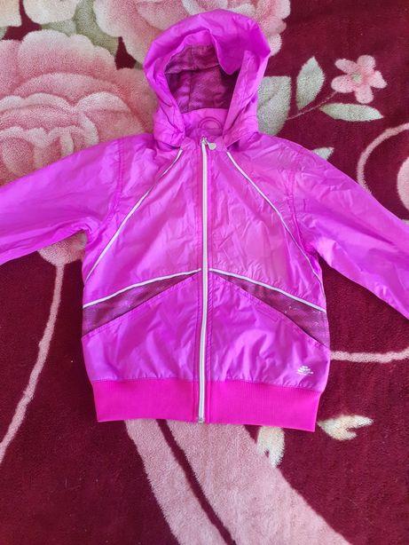 Весенняя куртка ветровка H&M на девочку