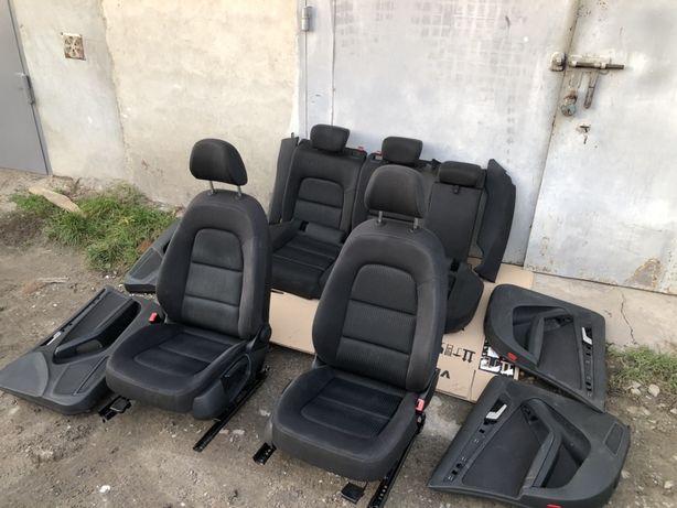 Продам Сидіння до Audi  A4 B7,B8 кузов,Салон,Карти дверні