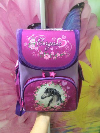 школьный рюкзак,рюкзак с пони,единорог,лошадь,ортопедический рюкзак