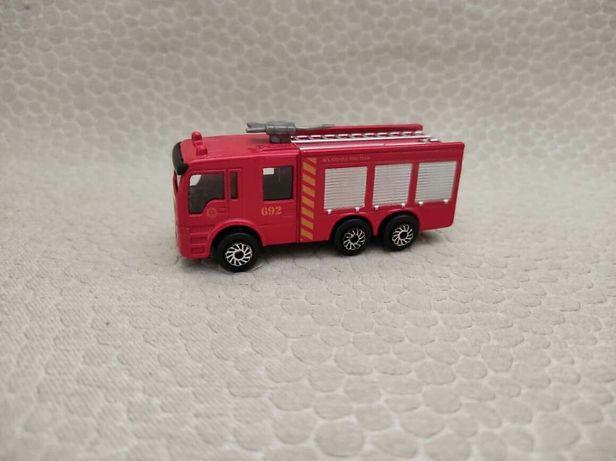 Машинка модель пожежна пожарная машина металическая M2 matchbox