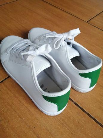 Buty chłopięce róż 34