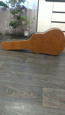 Кейс, чехол для акустической гитары