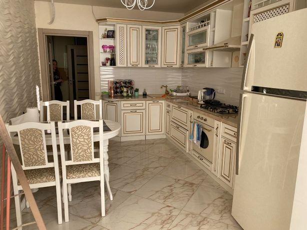 Квартира с ремонтом и мебелью в Набережном квартале, вблизи у моря.