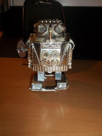 Заводной робот СССР