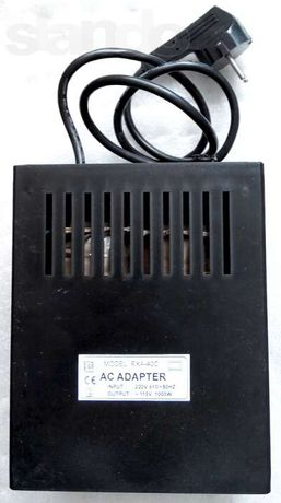 Конвертер 220-110в 1000Вт, преобразователь,адаптер с американской сети