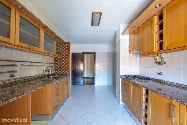Apartamento 3 quartos, Milharado