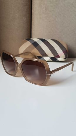 Óculos de sol Burberry originais