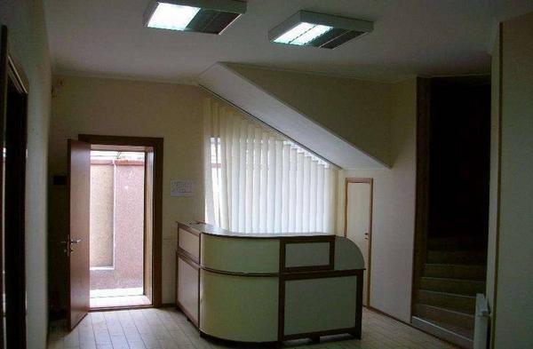 Двухэтажное офисное здание в центре города! 25-р