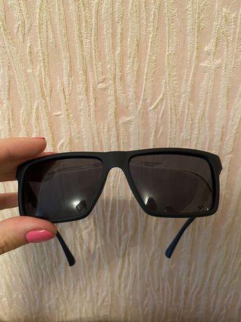 Солнезащитные очки Polarized