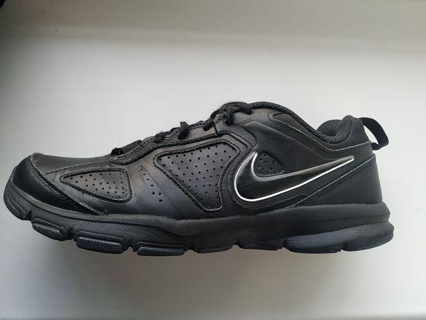 Кроссовки  Nike T-lite xi 40р. 25см